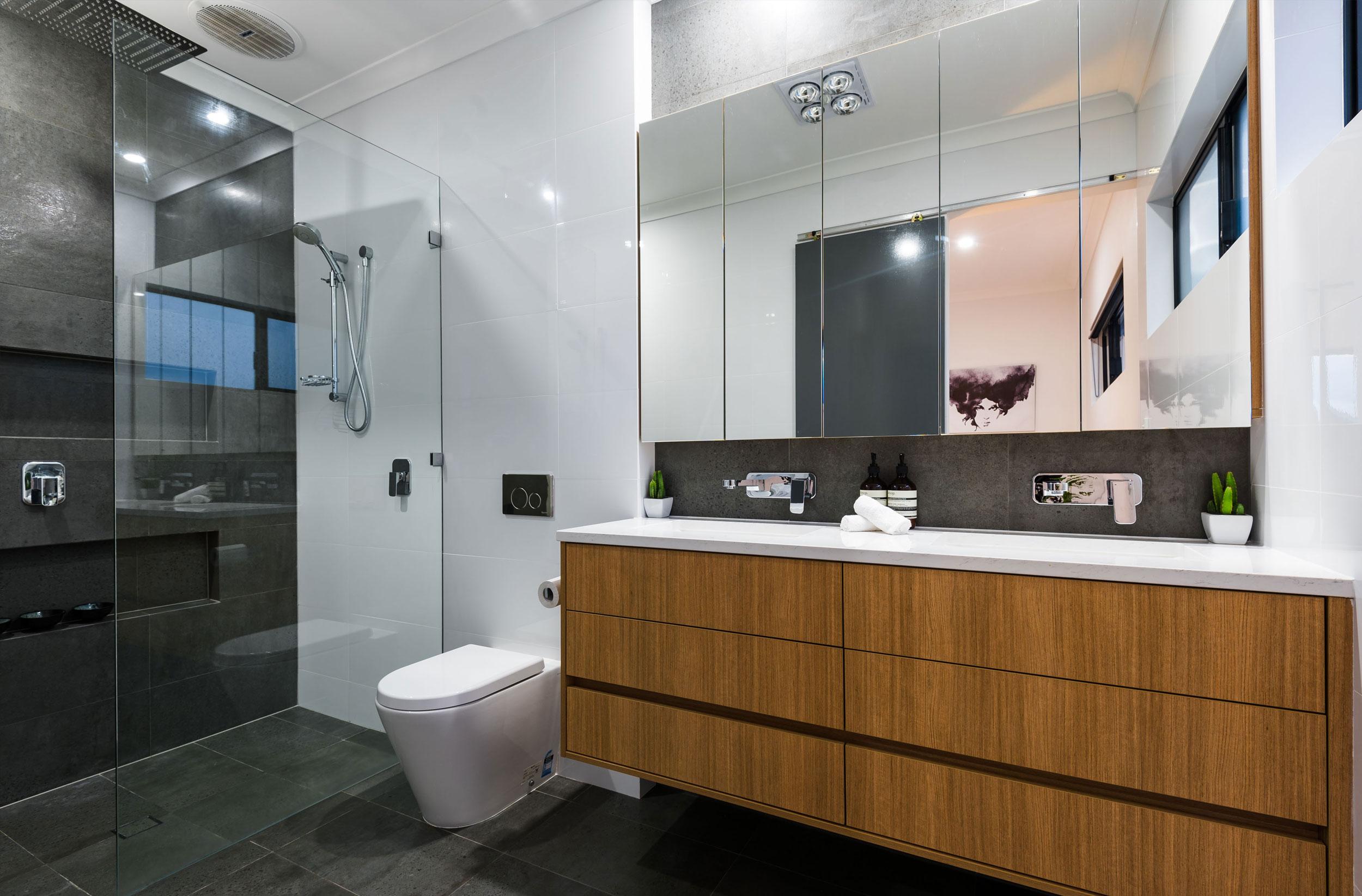 یک حمام ساده اما زیبا